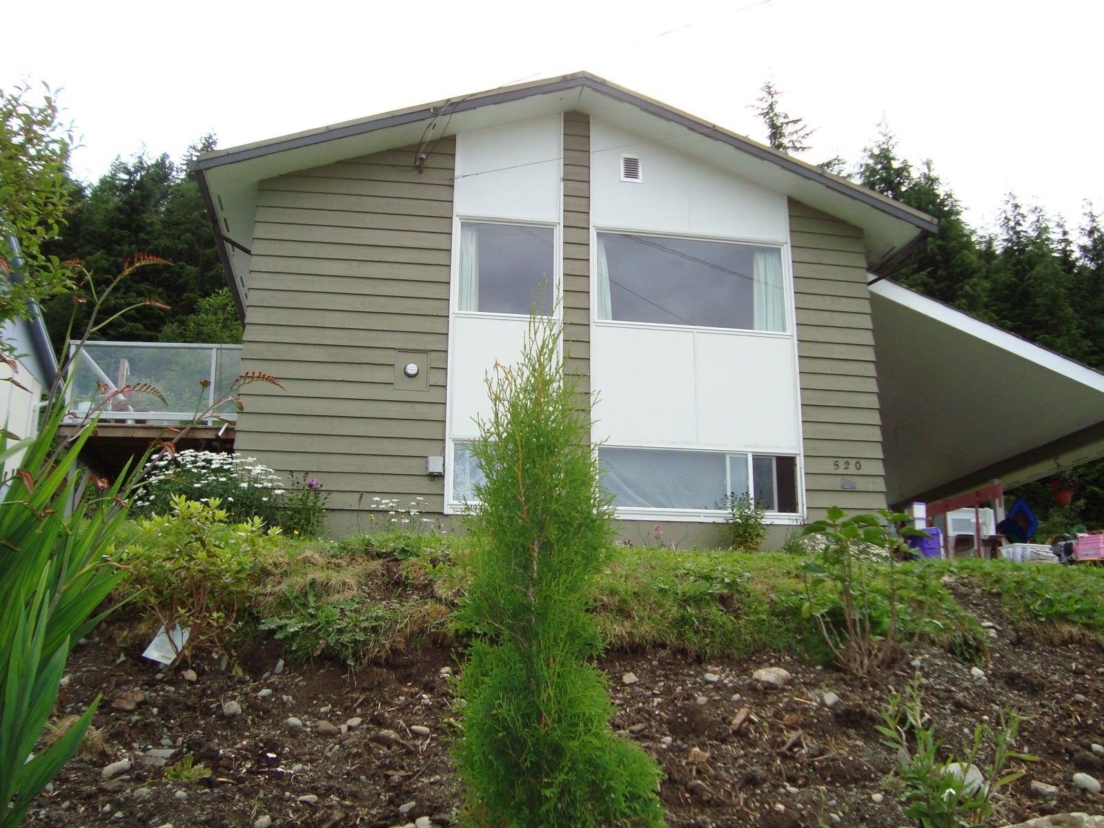 520 MacMillan - NI Kelsey Bay/Sayward Single Family Detached for sale, 3 Bedrooms (R2475500) #1